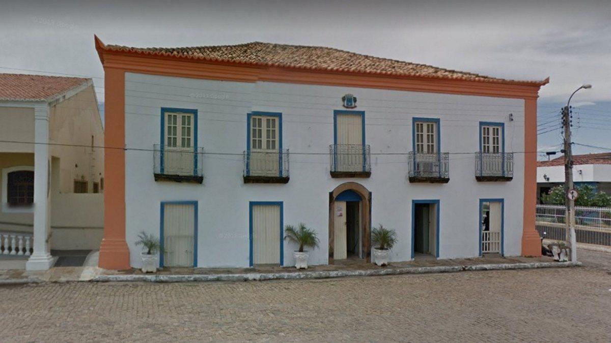 Prefeitura de Oeiras abre edital para preenchimento de 93 vagas