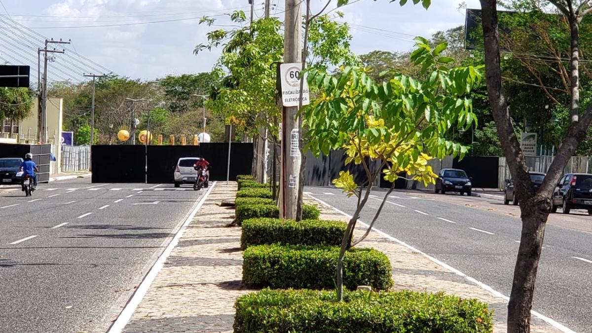 Interdição de avenida Avenida Raul Lopes para Micarina causa transtornos