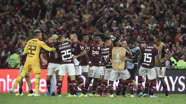 Flamengo atropela Grêmio no Maracanã em uma vitória de 5x0