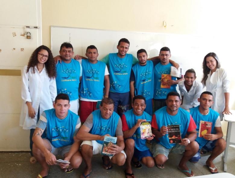 Projeto promove a ressocialização de detentos através da leitura