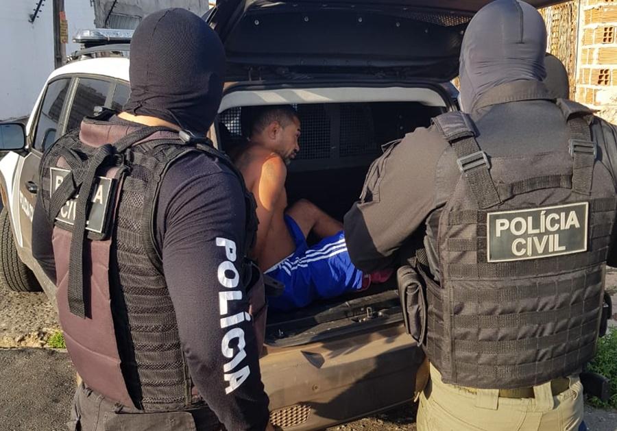 Polícia realiza operação para cumprimento de mandados em Teresina