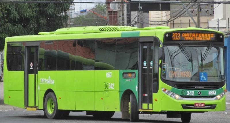 Ônibus recolhidos que fazem linha na zona Norte voltam a circular nesta segunda