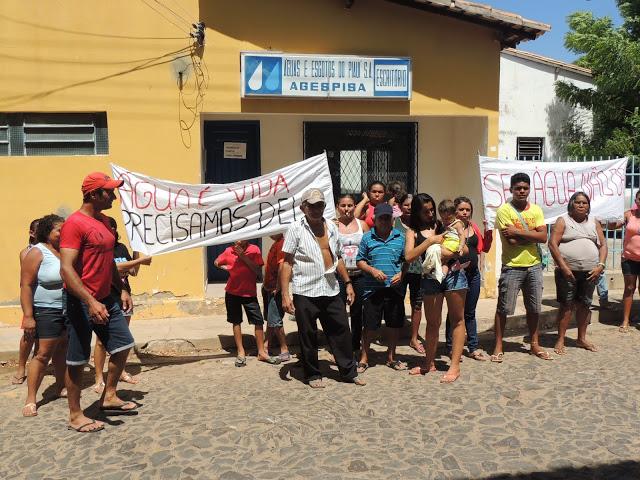 População de Piracuruca está há vários dias sem abastecimento de água potável
