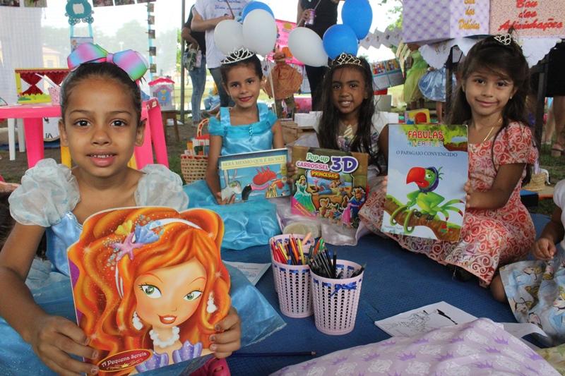 Produções literárias infantis são expostas durante Piquenique no Parque da Cidadania