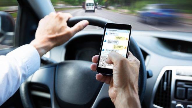Multas pelo uso do celular no trânsito em Teresina aumentam em 36%