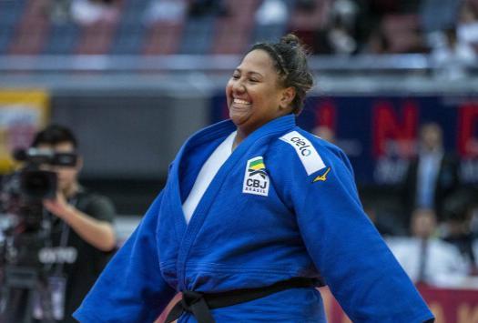 Beatriz Souza vence francesa e conquista a medalha de bronze para o Brasil no Grand Slam de Osaka