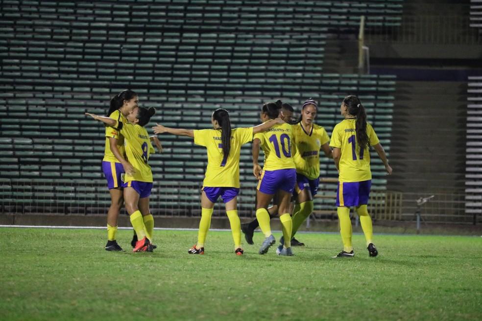 No jogo de estreia, Tiradentes vence Teresina por 2x1