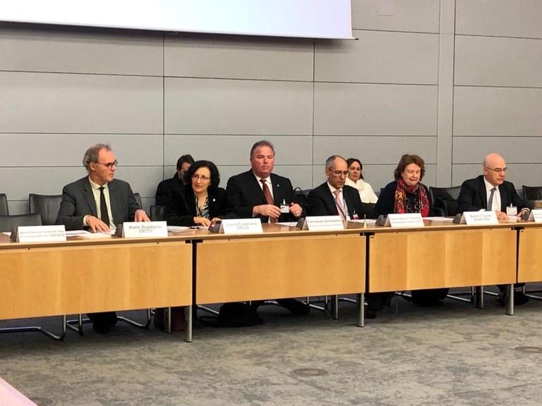 Brasil apresenta programa de incentivo à bioeconomia na OCDE