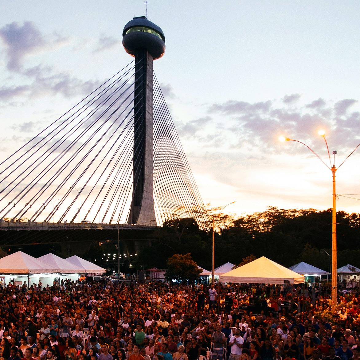 Festival Halleluya reúne 15 mil pessoas na Ponte Estaiada