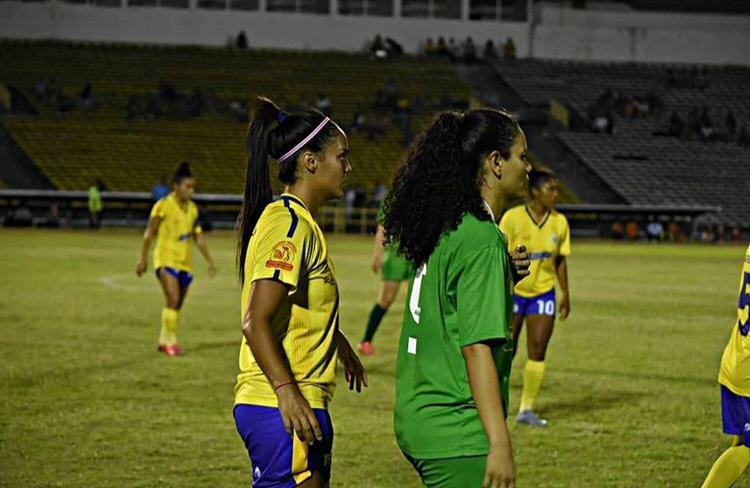 Tiradentes e Teresina se enfrentam na final do Piauiense Feminino