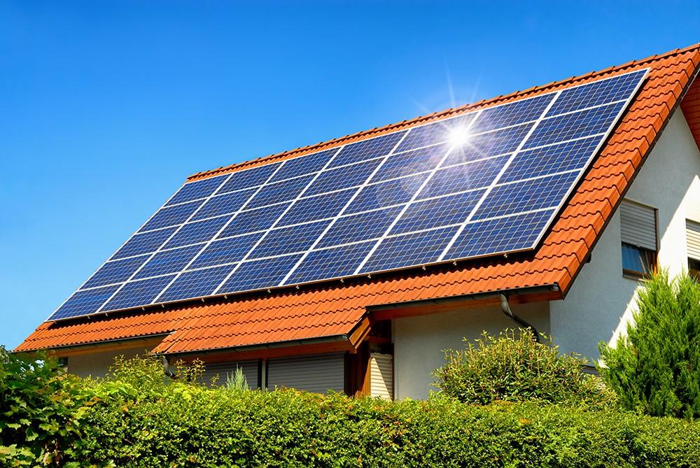 Prefeitura propõe desconto no IPTU para imóveis com sistema de energia solar