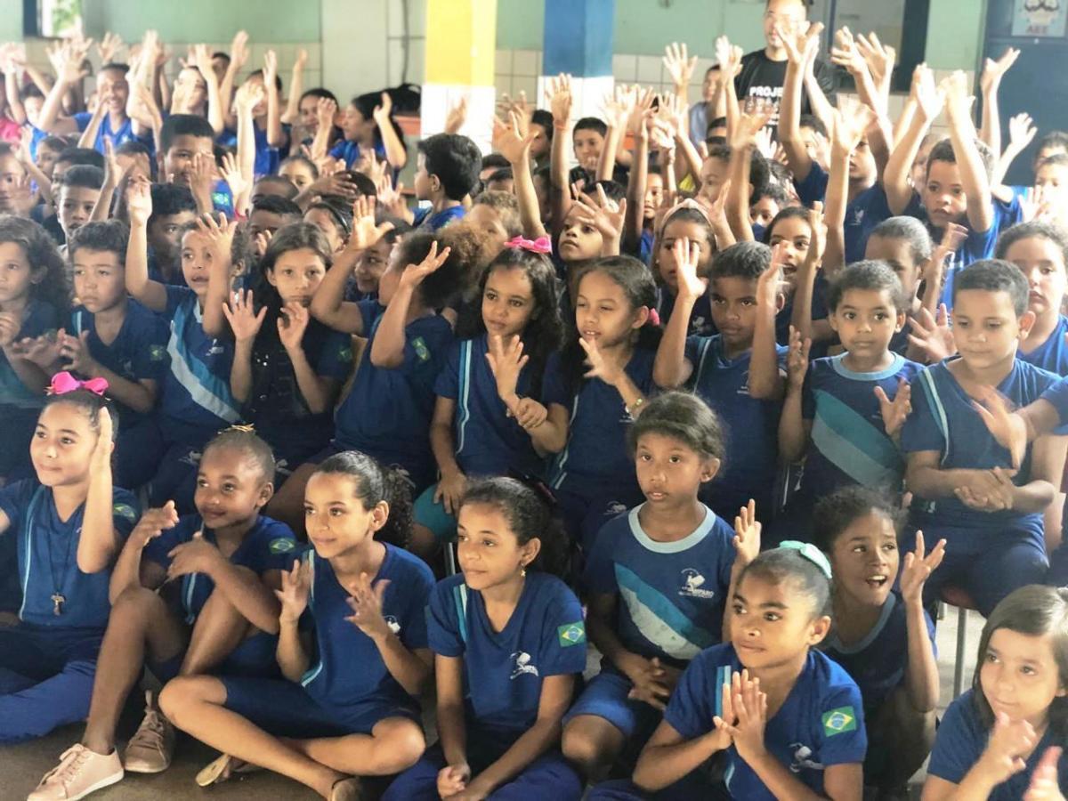 Escola da zona rural de Teresina aplica o ensino de Libras e trabalha a inclusão