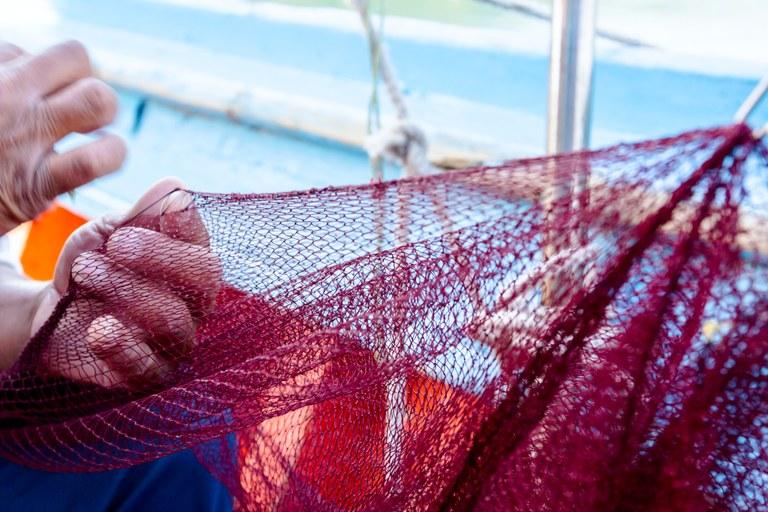 Pescadores começam a receber auxílio emergencial a partir desta segunda (16)