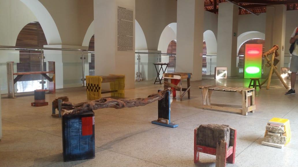 Exposição celebra os dois anos da Galeria de Artes Visuais do Mercado Velho
