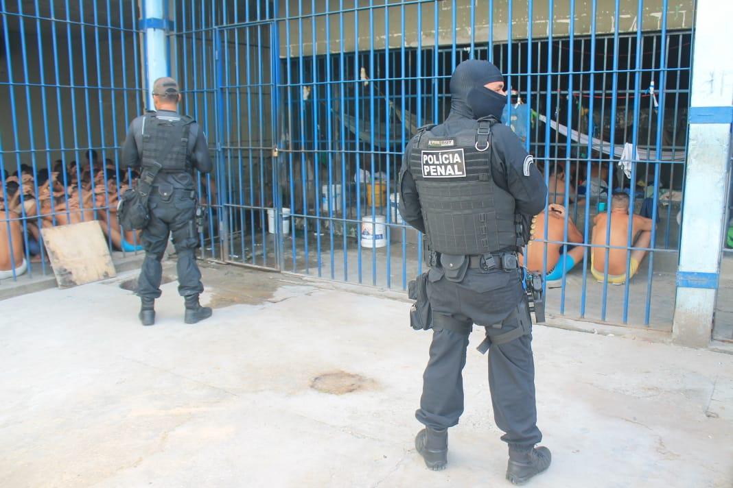 90 policiais penais participaram da vistoria em penitenciária de Teresina no sábado (21)