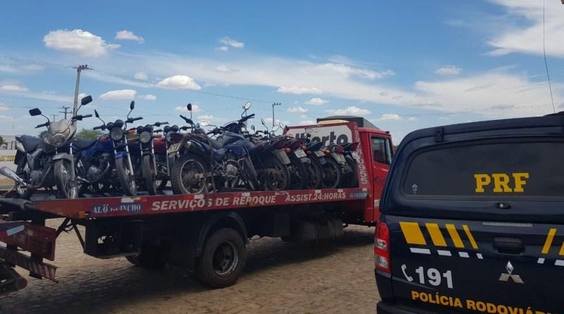 PRF realiza fiscalização em mais de mil veículos durante operação nas rodovias federais do Piauí