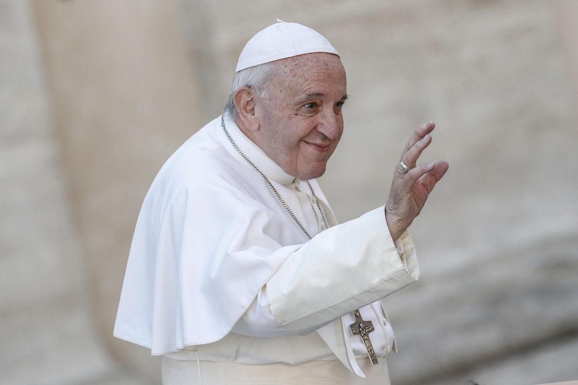 Papa Francisco deixa mensagem em defesa das mulheres