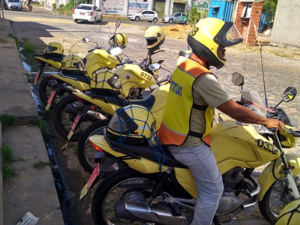 26% dos mototaxistas da capital estão em situação irregular, de acordo com a Strans