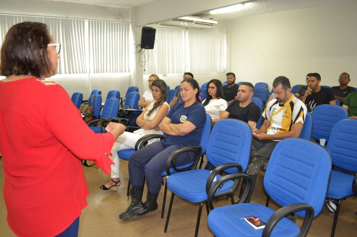 Guardas municipais recebem capacitação para atuarem no Patrulha Maria da Penha