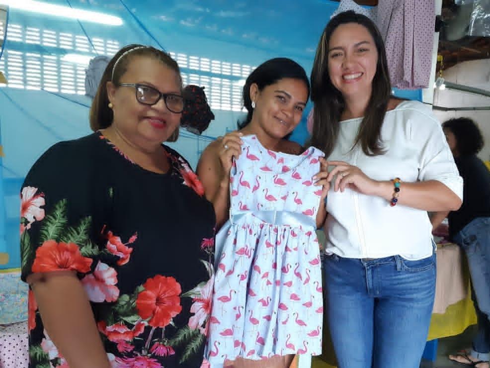 Curso profissionaliza moradores da Zona Norte na área de moda