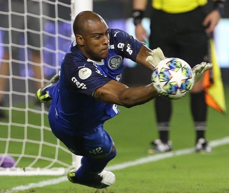 Após empate, Palmeiras vence Atlético Nacional nos pênaltis
