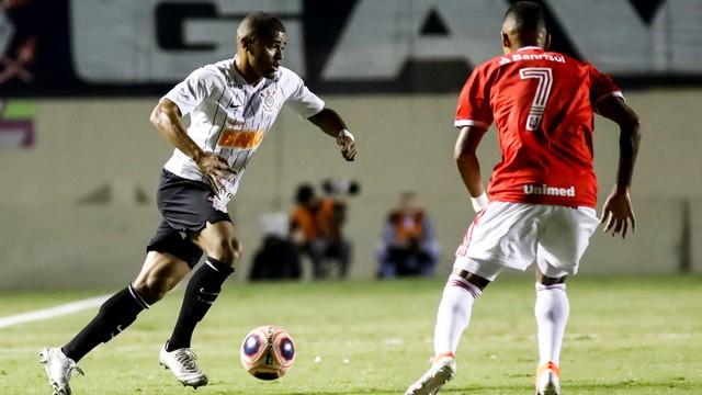 Inter vence Corinthians e garante vaga na final da Copinha