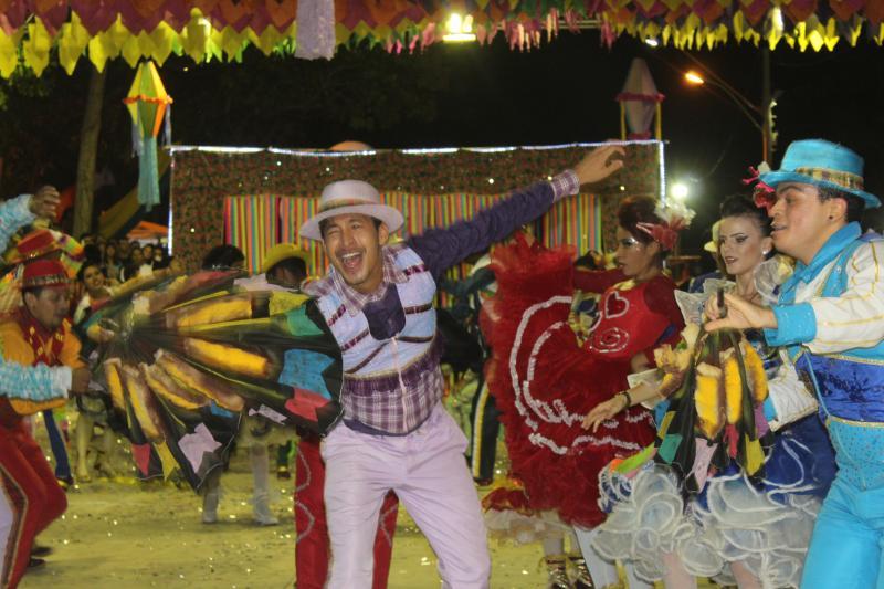 Cidade Junina realiza concurso de quadrilhas escolares