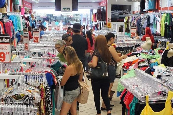 Lojistas apostam em boas vendas no período carnavalesco