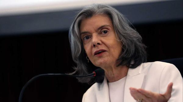 Cármen Lúcia nega dois habeas corpus em favor do ex-presidente Lula