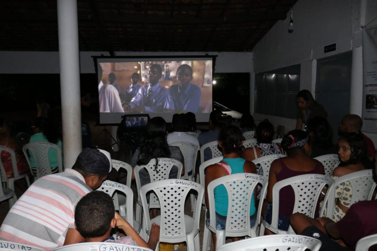 Famílias da zona rural de Teresina tiveram acesso ao cinema através do Piauí Conectado