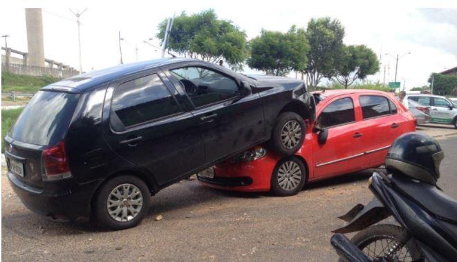 Acidente entre dois veículos deixa vítimas graves na Zona Sul de Teresina