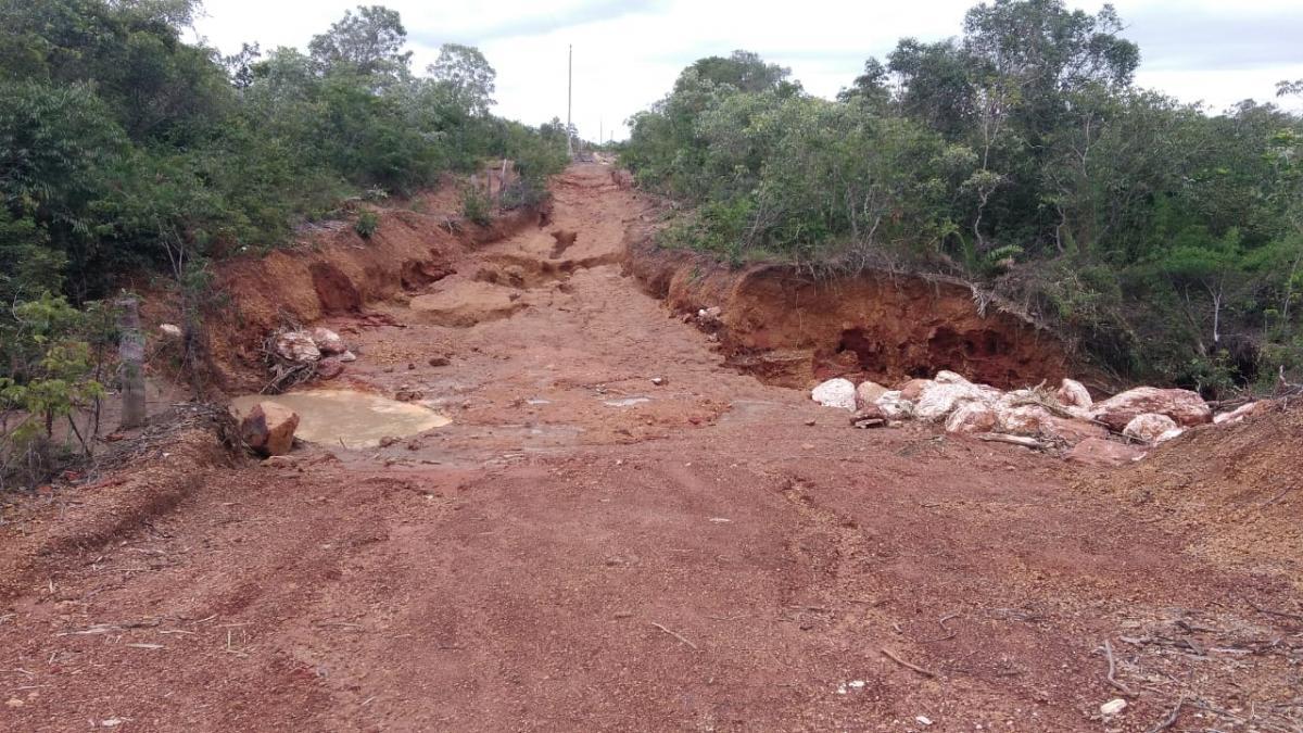 Rompimento de bacia de contenção causa prejuízos em Gonçalo do Gurgueia