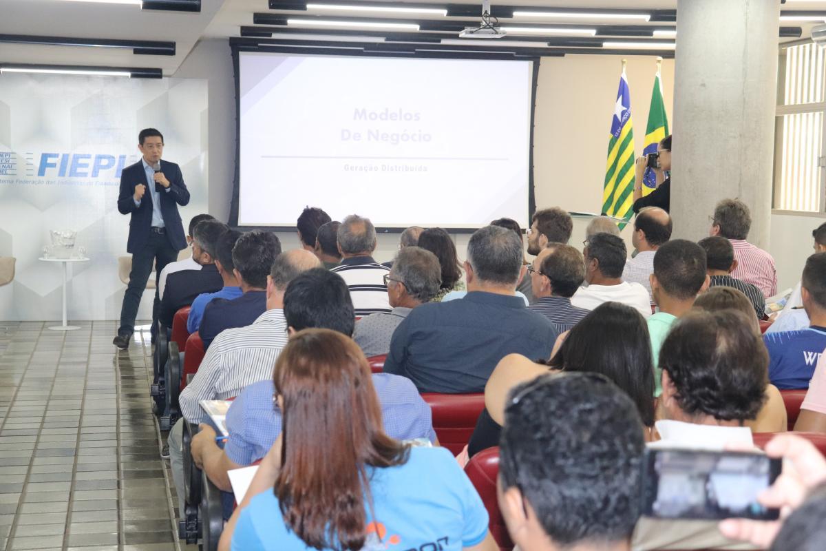 Café com Energia esclarece empresários e gestores sobre energia sustentáveis em Teresina