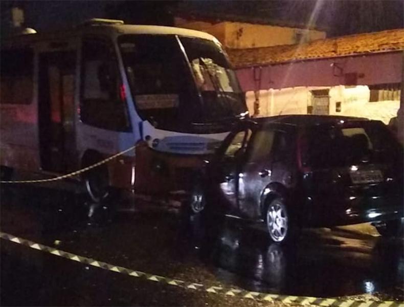 Estudante morre após colisão de carro e micro-ônibus na Zona Norte de Teresina