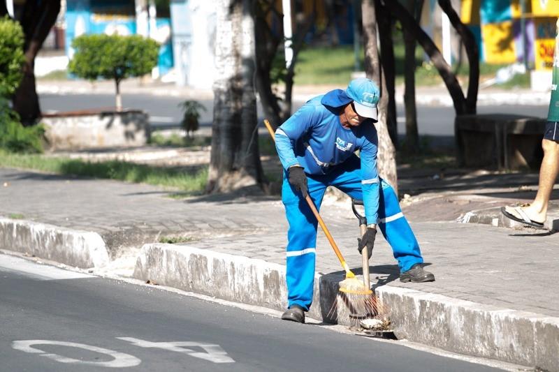 Prefeitura mantém coleta domiciliar e exige medidas pela segurança dos trabalhadores em Teresina