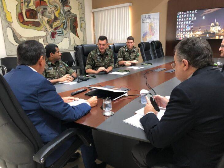 Piauí busca apoio do Exército para ações de enfrentamento à Covid-19 e às enchentes