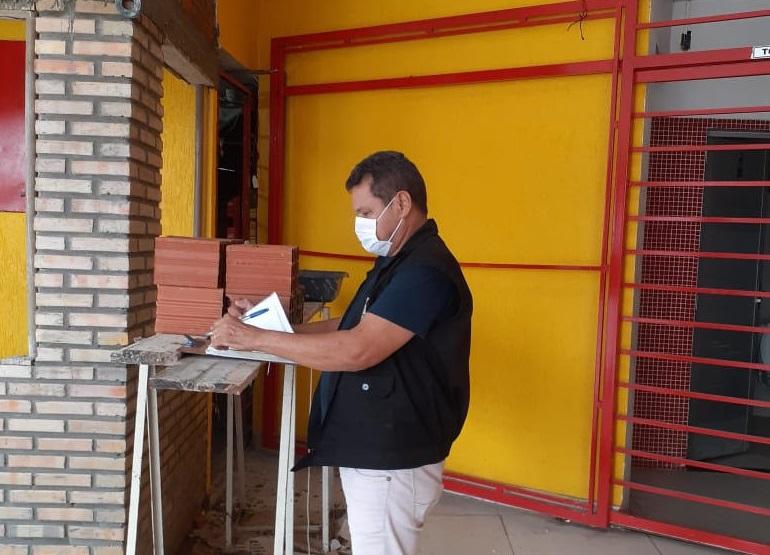 SDU Leste fiscaliza estabelecimentos e obras que descumprem decreto municipal