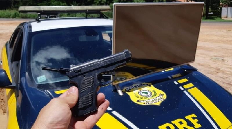 Dois homens suspeitos de assaltarem escola em Teresina foram presos na BR 343