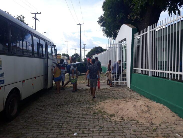 Pessoas em situação de rua são acolhidas em escola em prevenção a Covid-19