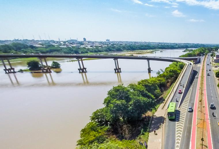 Pontes que ligam Teresina e Timon receberão barreiras de orientação