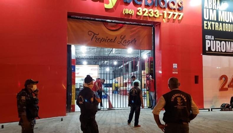 Operação fecha mais de 100 estabelecimentos em Teresina