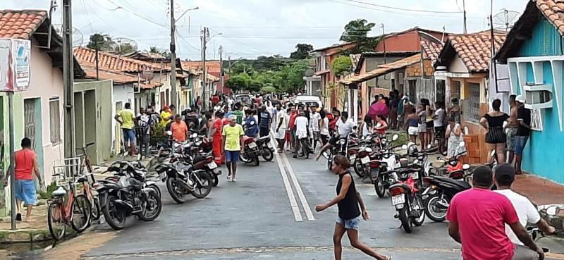 Dois homens são mortos com vários tiros no centro de Campo Maior