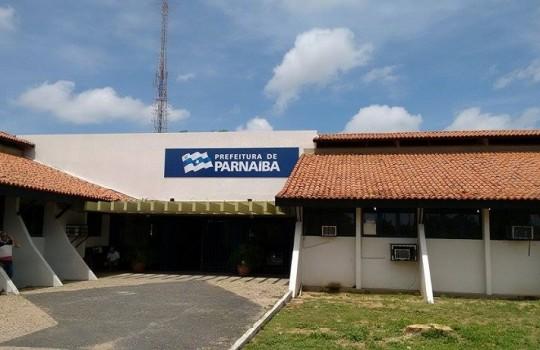 Prefeitura de Parnaíba atrasa pagamento e tem a energia cortada