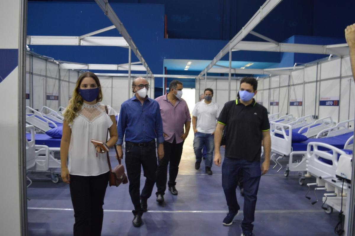 Hospitais de campanha recebem visitas de órgãos de fiscalização