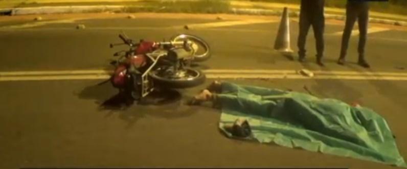 Suspeito de roubar veículo morre em colisão após perseguição na Zona Norte