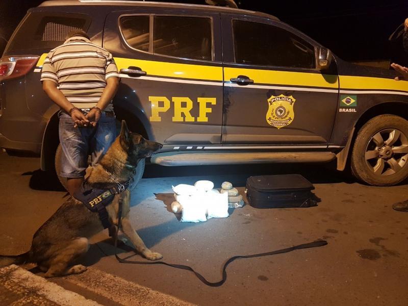 Operação da PRF apreende 15kg de cocaína em Picos