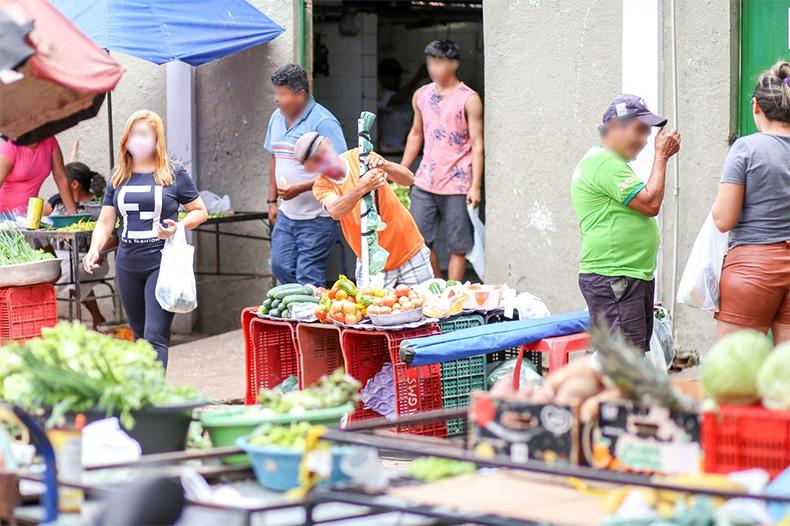 SDU Sul organiza feirantes do mercado público do Parque Piauí