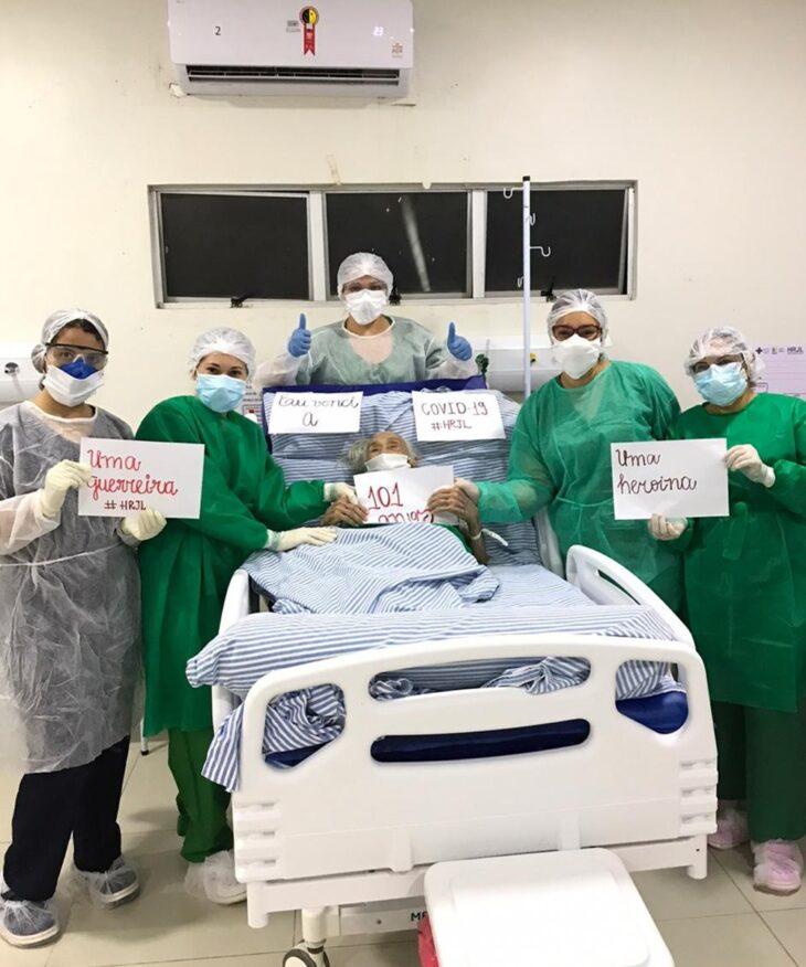 Mulher de 101 anos vence a Covid-19 no hospital de Picos