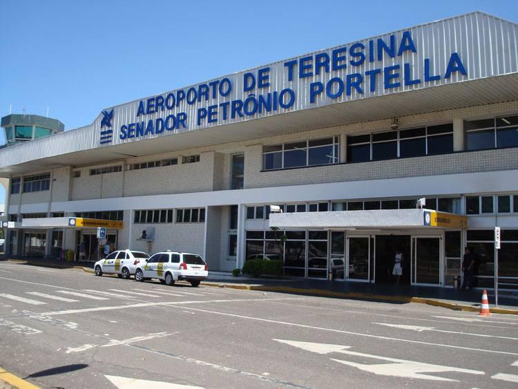 PF flagra menor de idade com cocaína presa ao corpo no aeroporto de Teresina