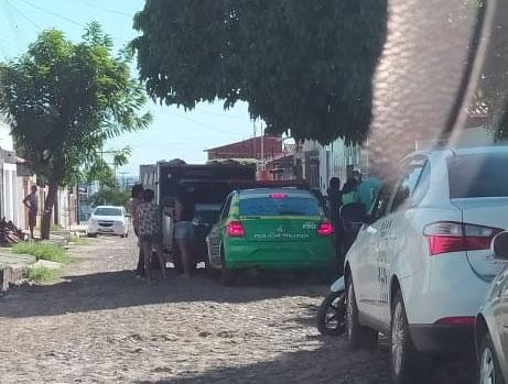 Travesti é encontrada morta em casa no conjunto Taquari